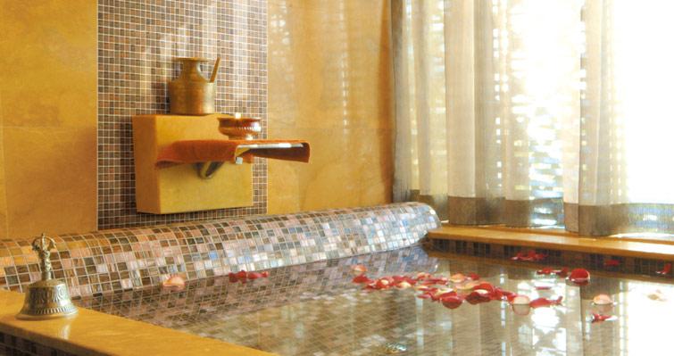 浴缸水晶马赛克工程案例